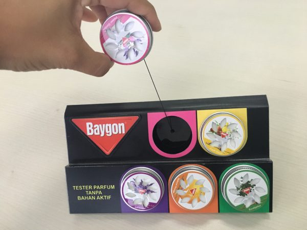 Baygon pull and smell popscent tray